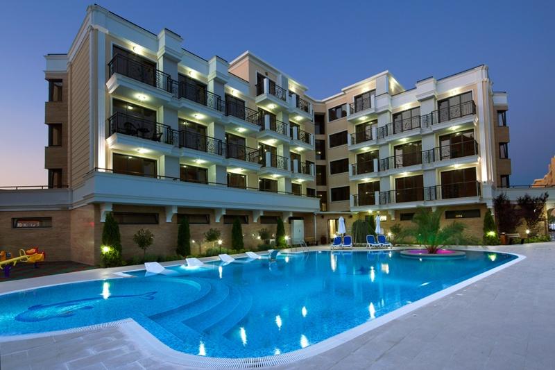Вилла с бассейном кипр