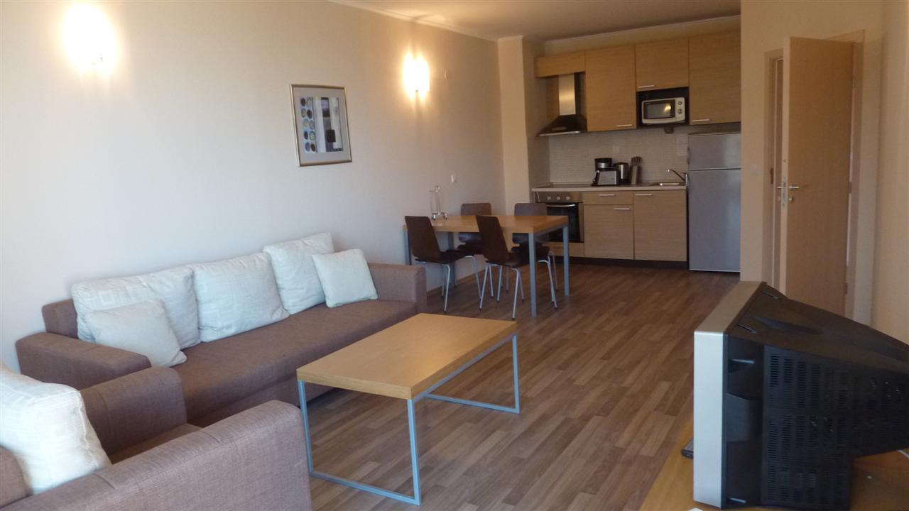 Купить многокомнатную квартиру Вибо-Марина Италия цена