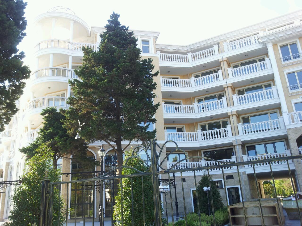 Villa Roma Resort Address